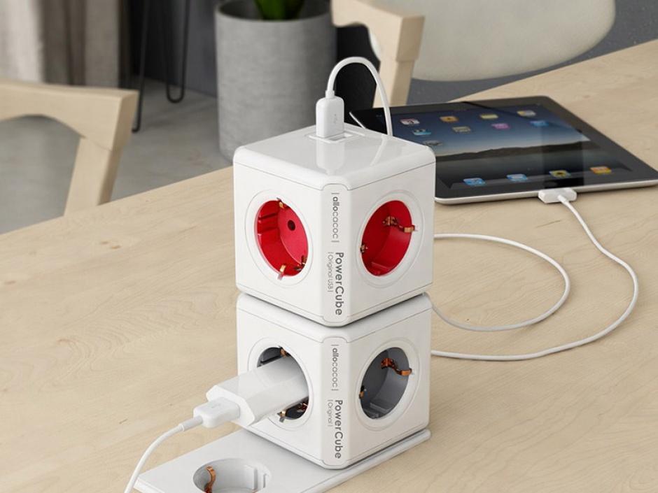 Imagine Prelungitor in forma de cub PowerCube Original 4 prize Schuko si 2 X USB Rosu, Allocacoc-1